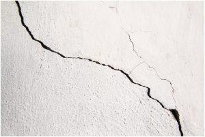hairline-crack-wall repair buildheed